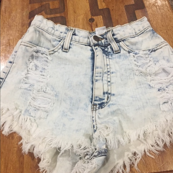Forever 21 Pants - High waisted shorts